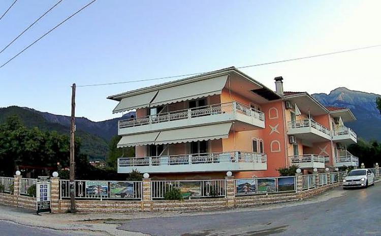 Porto Thassos Apartments & Studios