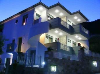 Exadas Apartments
