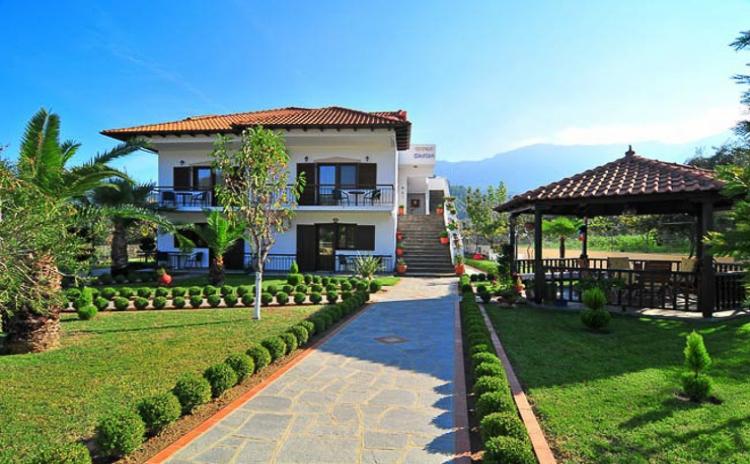 Dimitra Apartments & Studios