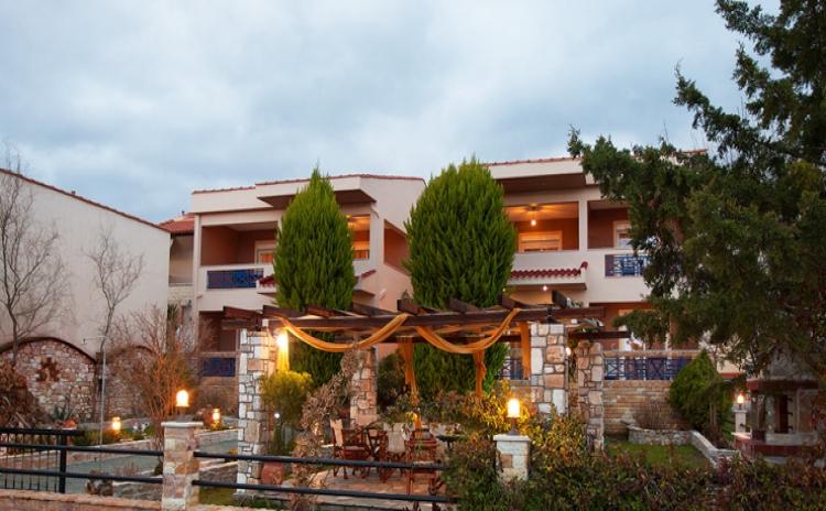 Makrina Hotel Studios
