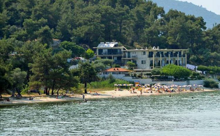 Beach Hotel Villa Nisteri