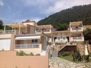 Villa Finikas main image