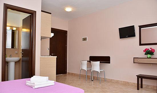 Amaryllis Studios   Hotels, Studios, Villa & Apartments Thassos ...